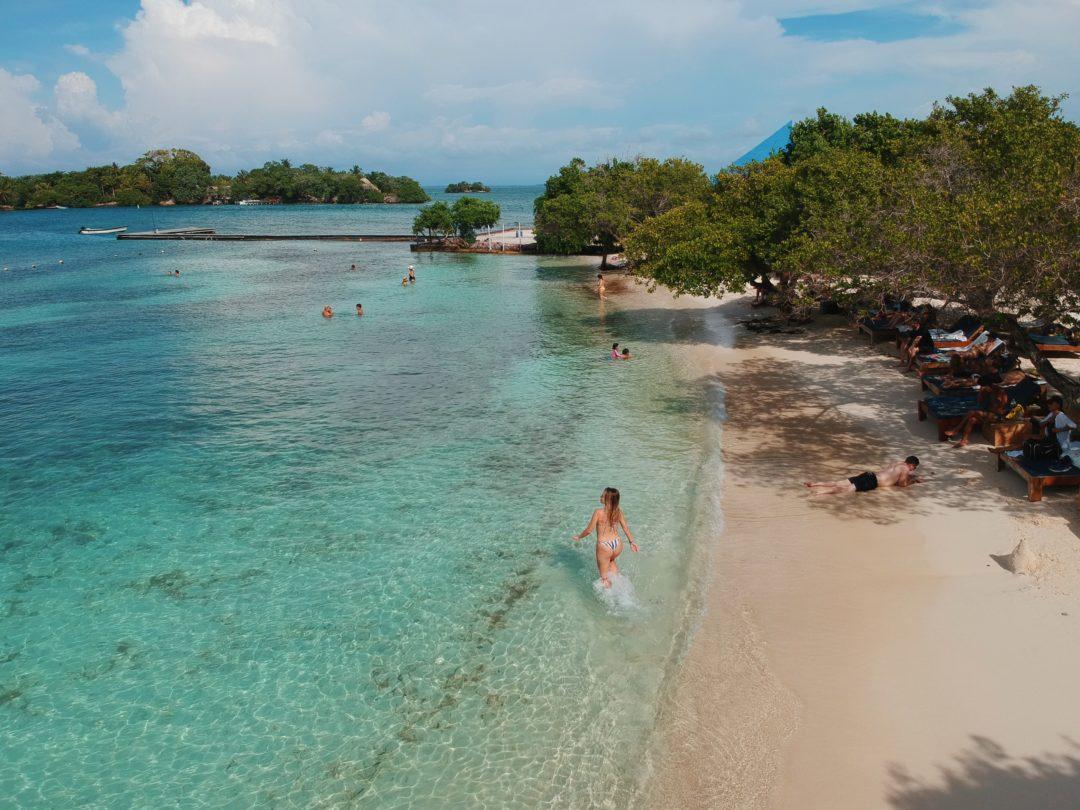 Férias: as praias mais belas do mundo para você conhecer